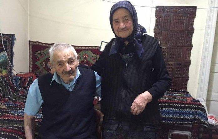 Ioan și Elisabeta Gonczi sunt căsătoriți de 72 de ani. Încă din tinerețe au decis să nu facă niciodată un lucru. Pentru ei, acesta este secretul unei căsnicii fericite. Iată despre ce este vorba: