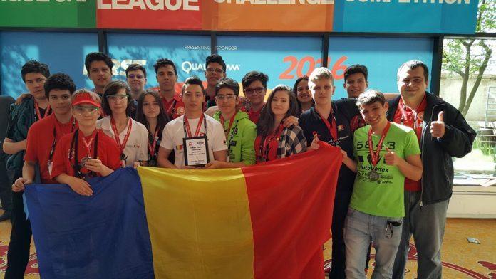 Au îngenuncheat Europa şi i-au învins şi pe canadieni şi ruşi. Ei sunt GENIILE României, campionii internaționali la robotică care au cucerit lumea. FELICITĂRI!