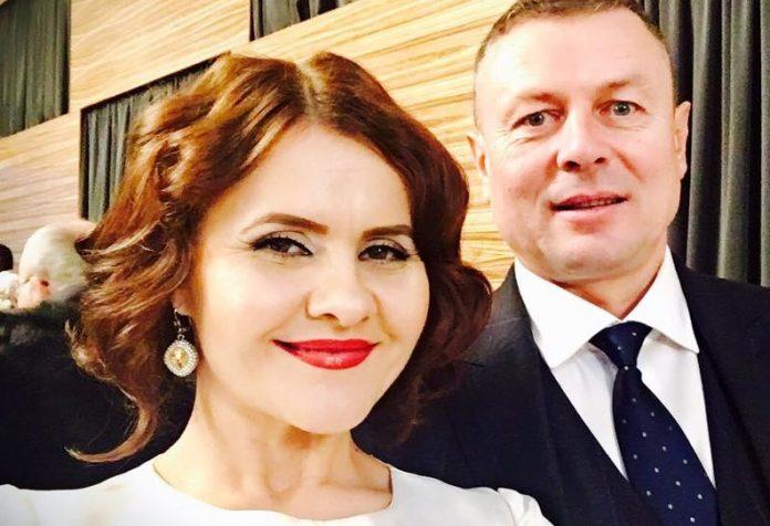 """Niculina Stoican, sunată de amanta soțului ei: """"Mă iubește!"""", i-a zis femeia la telefon. Uite ce răspuns super tare i-a dat cântăreața de muzică populară femeii"""