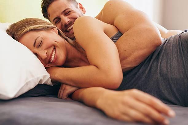 Află la câte zile e normal să faci amor, în funcție de vârstă! Ce se întâmplă cu nivelul prestațiilor după 60 de ani, mai ales la femei