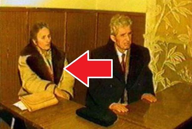 Mai ţineţi minte haina în care a fost executată Elena Ceauşescu? Secretul incredibil pe care îl ascundea – tocmai s-a aflat