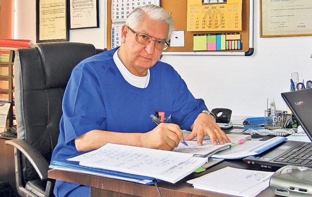"""Neurochirurgul Vlad Ciurea: """"Dormiti fara telefonul mobil in apropiere, priviți dimineața cerul, vinul rosu curata vasele de sânge…"""""""