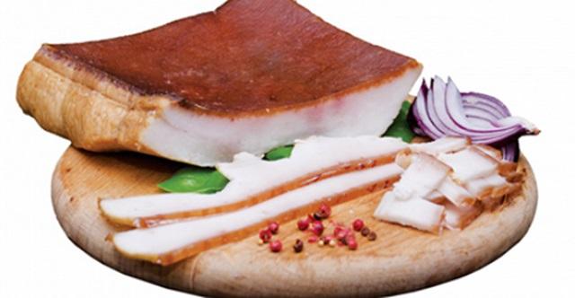 Tu mănânci slanină cu ceapă? Ce boli poate vindeca medicamentul din moși strămoși!