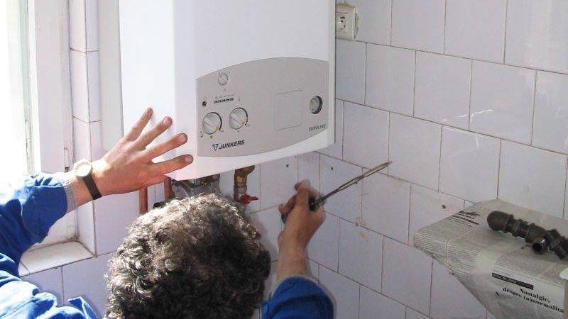 Anunț important pentru toți românii care au centrale termice de apartament! Ce se va întâmpla cu cei care și-au montat deja detectoare de gaze în casă. Puțini se așteptau la această veste, în prag de iarnă: