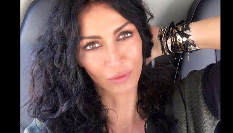 Mihaela Rădulescu arată la 47 de ani ca la 20. Vedeta a dezvăluit, în sfârşit, secretul său! Folosește un mic truc, atunci când vine vorba despre frumusețe