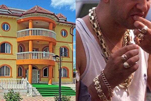 Iată cum arată cea mai bogată localitate din România, în care sătenii și-au construit case de milioane de euro cu banii trimiși de rudele plecate în străinătate! Nu o să-ți vină să crezi ce vile au! Mai ceva ca-n Beverly Hills!