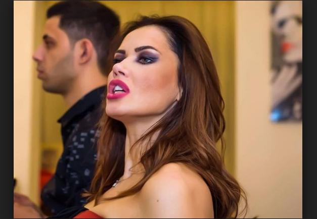 """Oana Zăvoranu i-a zis-o pe față: """"fleșcăită toată cum ești…bărbații toți te părăsesc"""". Printre altele, când a întâlnit-o a luat-o la fugă. Așa ceva nici că s-a mai văzut în showbiz! Pe cine a făcut Oana Zăvoranu cu ou și cu oțet"""