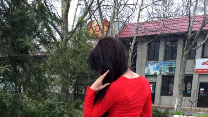 """E cea mai fierbinte moldoveancă """"di peste Prut""""! Când se întoarce cu fața toți bărbații înnebunesc! """"Ești Regina Reginelor și Femeia Femeilor!"""" Fața a făcut-o celebră, motivul e uluitor. Uite cum poate să arate"""